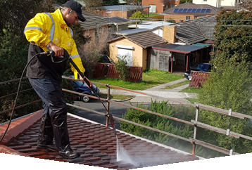 Pressure Cleaning/De-Mossing